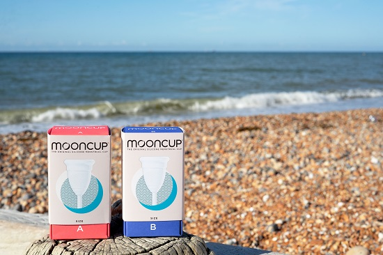 Mooncup-Size-boxes-on-Beach