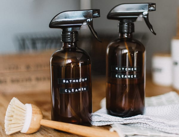 DIY eco-friendly cleaning products recipes