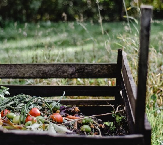 How to build your own home compost bin